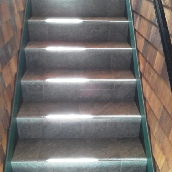 Grand tile stairs detail
